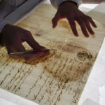 紙資料の保存修復処置