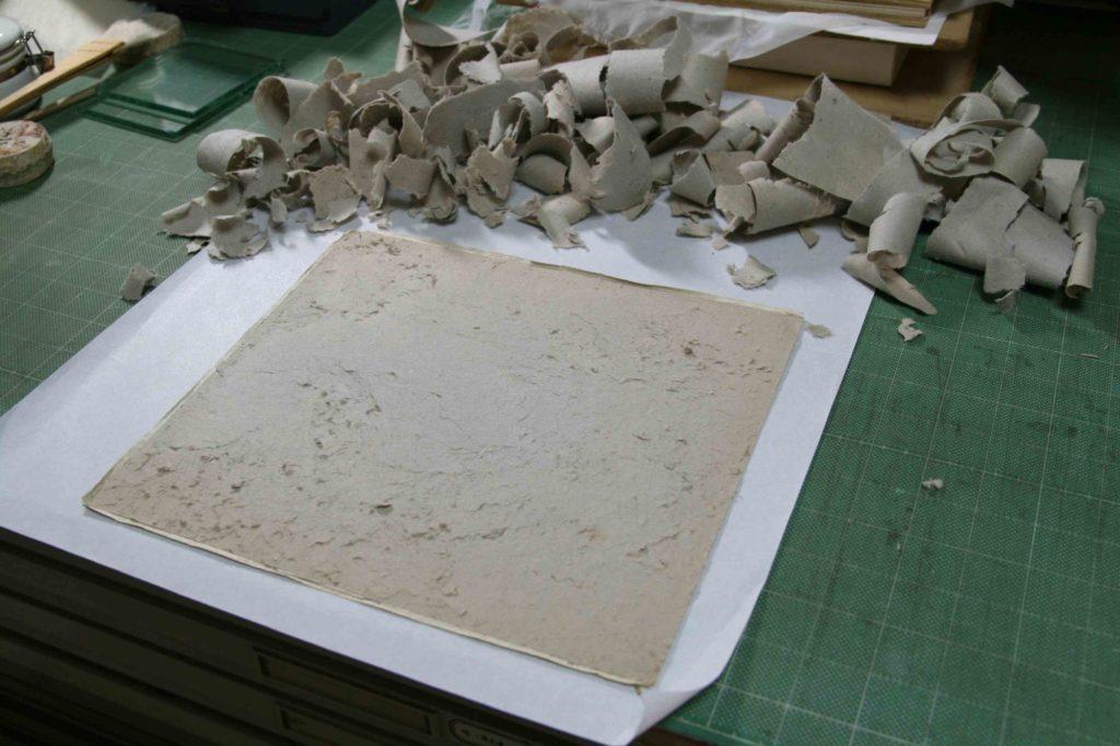 芯紙の除去